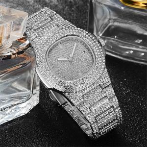 SIGNATURE COLLECTIONS Luxury Style Statement Iced Out Bling Quartz Watch, SILVER-HV